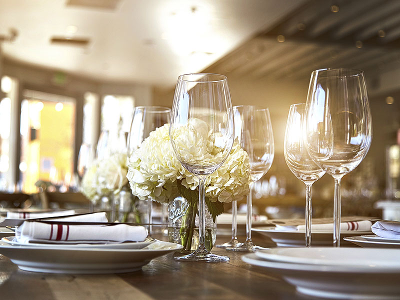 glassware for modern style events